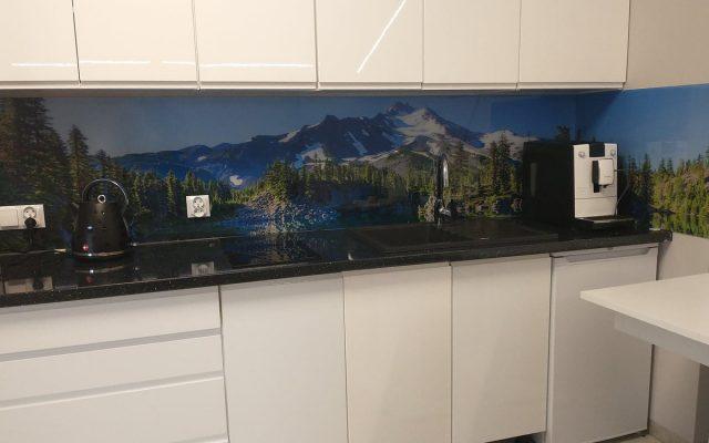 panel szklany kuchnia widok gory las niebo optiwhite