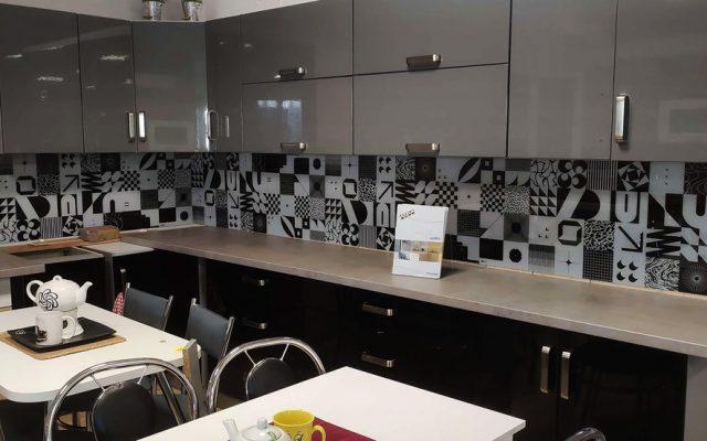 panel szklany kuchnia wzory czarny bialy optiwhite