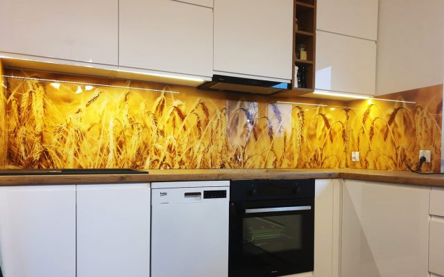 panel szklany kuchnia zolty zboze klosy