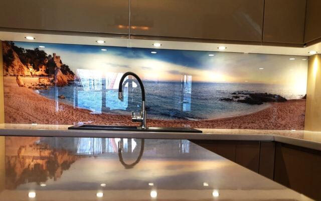 panel szklany kuchnia widok wyspa morze plaza