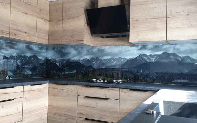 panel szklany polkowice góry widok krajobraz